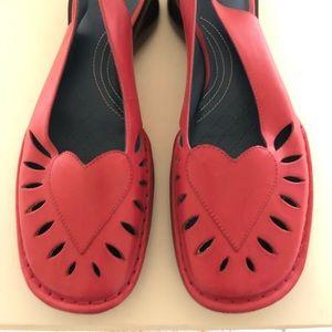 Indigo by Clark sling back shoes size 7.5, Rose